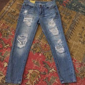 Machine destroyed straight jeans sz. 5 EUC